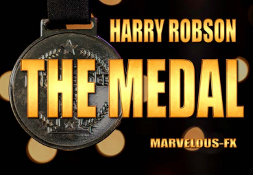 The Medal by Harry Robson & Matthew Wright (Blau)